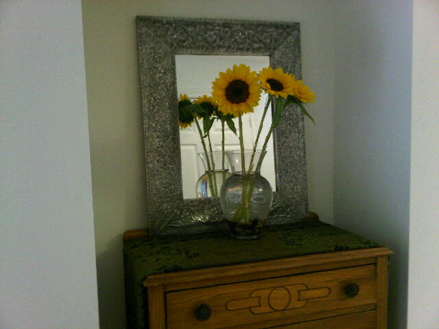Happy Flowers vignette @coffeewihjulie