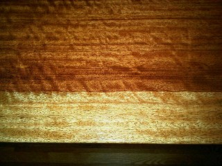 close up of the bubinga wood grain