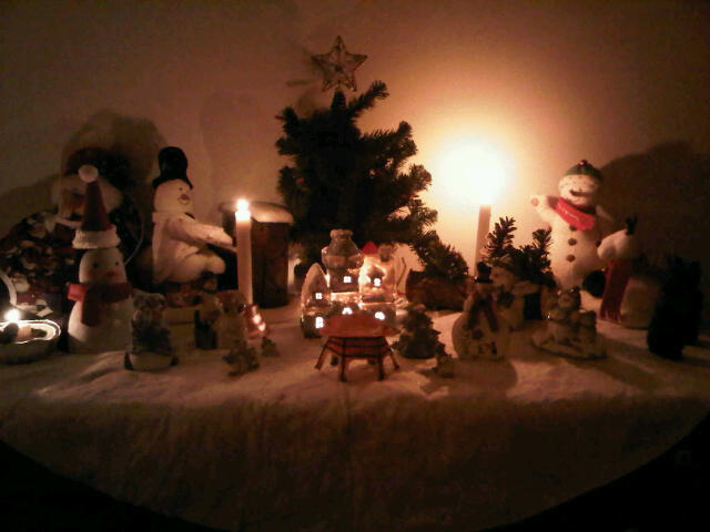 Tasteful Christmas Vignette