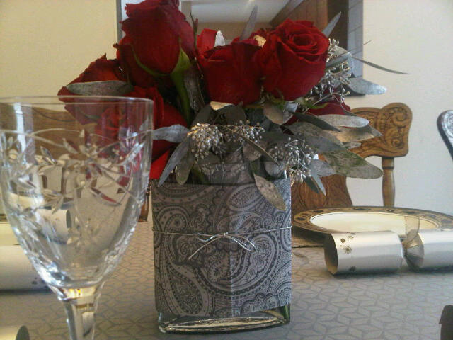 Red roses with silver