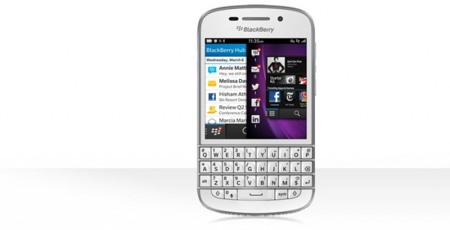 Blackberry Q10 in White