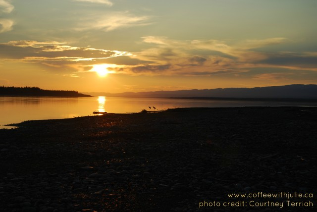 midnight sun in northwest territories